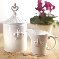 Crown storage jar and jug