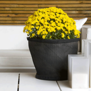 recycled-tire-planter
