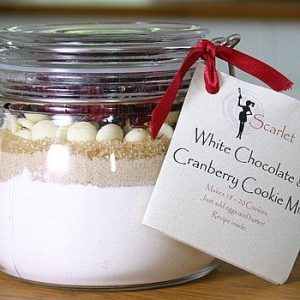 Delicious white chocolate and cranberry cookies