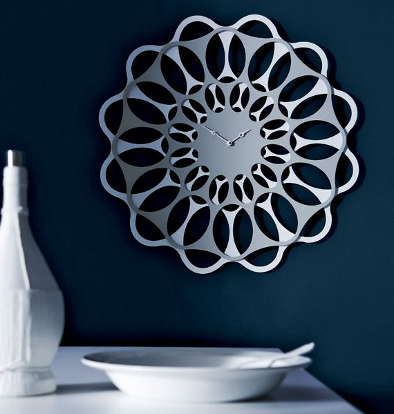 Stunning '&' clock by Diamantini and Domeniconi