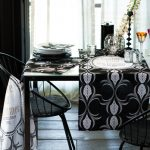 Fab Friday Bargains: Table runner and table mats from H&M