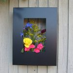Contemporary garden: Living art garden planter frame