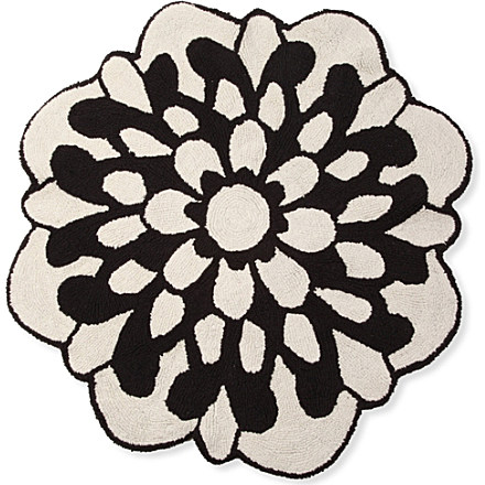 Bathroom Home Design on Missoni Home Otil Black And White Flower Bath Mat   Fresh Design Blog