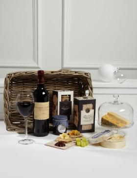 Christmas present cheese gift hamper