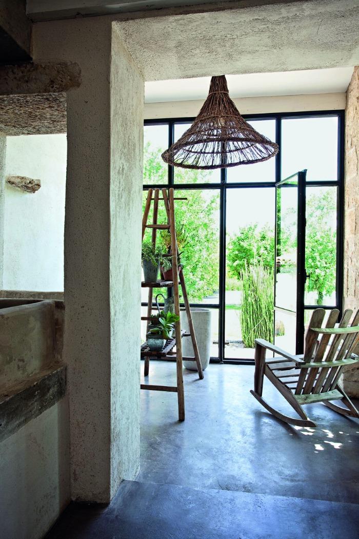 Book review modern country interiors by caroline clifton mogg fresh design blog for Modern country interior design