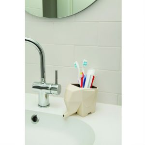 Jumbo bathroom accessories from Mocha