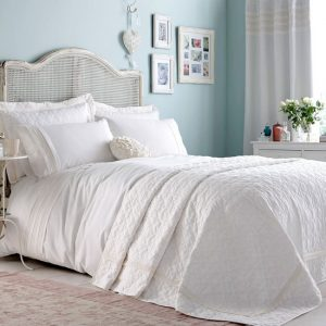 Crisp and calm bedroom decor