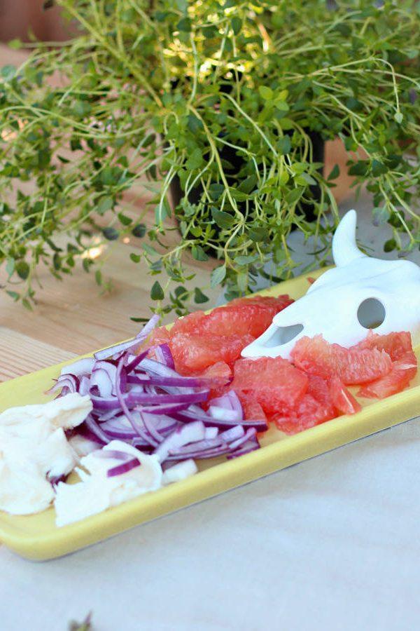 Like it or loathe it? Cattle skull design platter dish