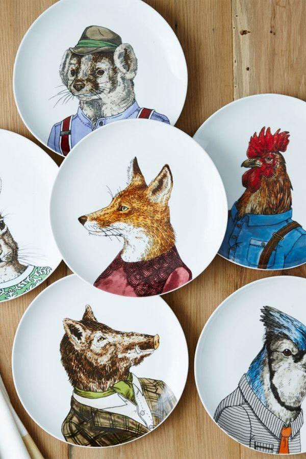 Forest friends: Dapper animal porcelain plates