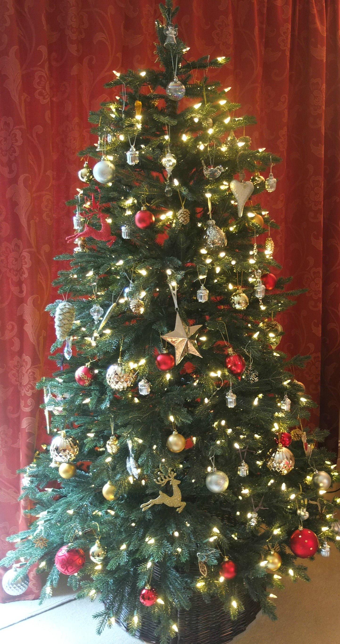 Realistic artificial christmas tree from balsam hill for Fresh design blog
