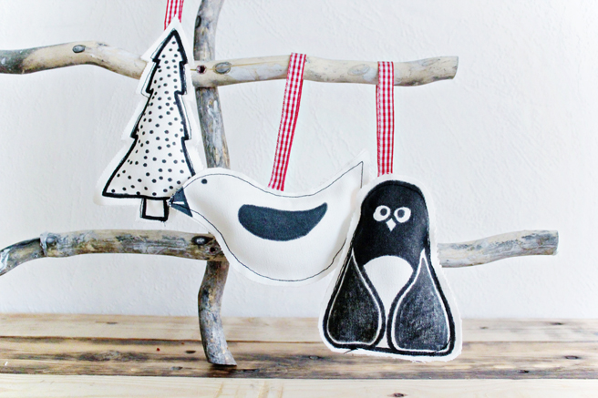 Cute Christmas decorations - handpainted and made from fabric