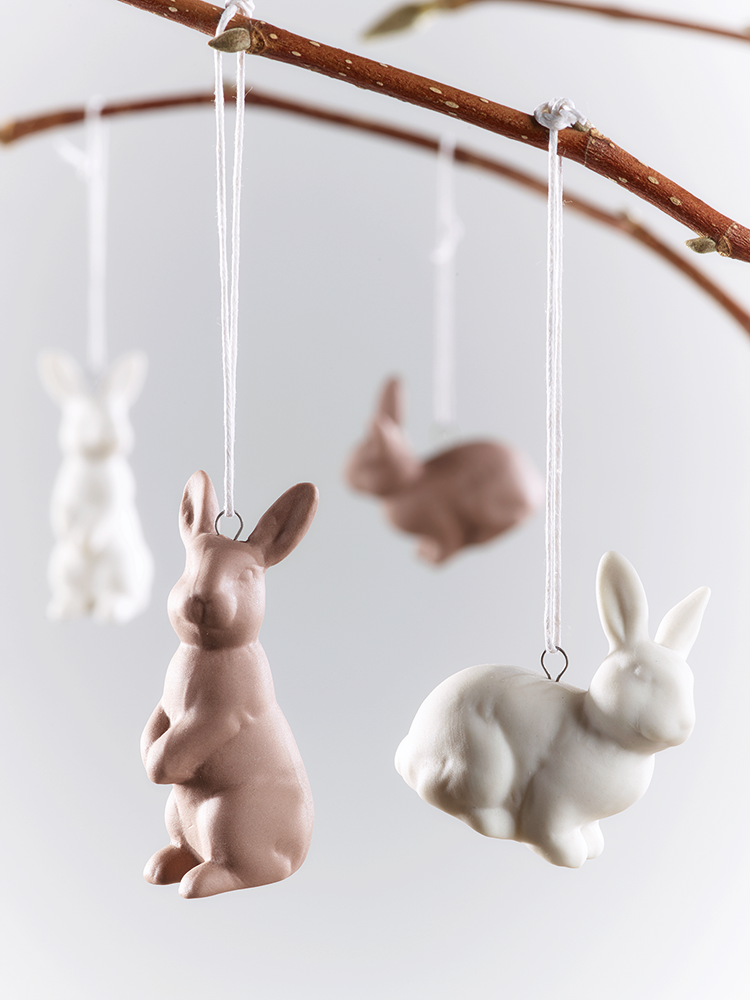 Super cute ceramic brown and white bunny rabbit decorations - ideal for hanging on an Easter tree