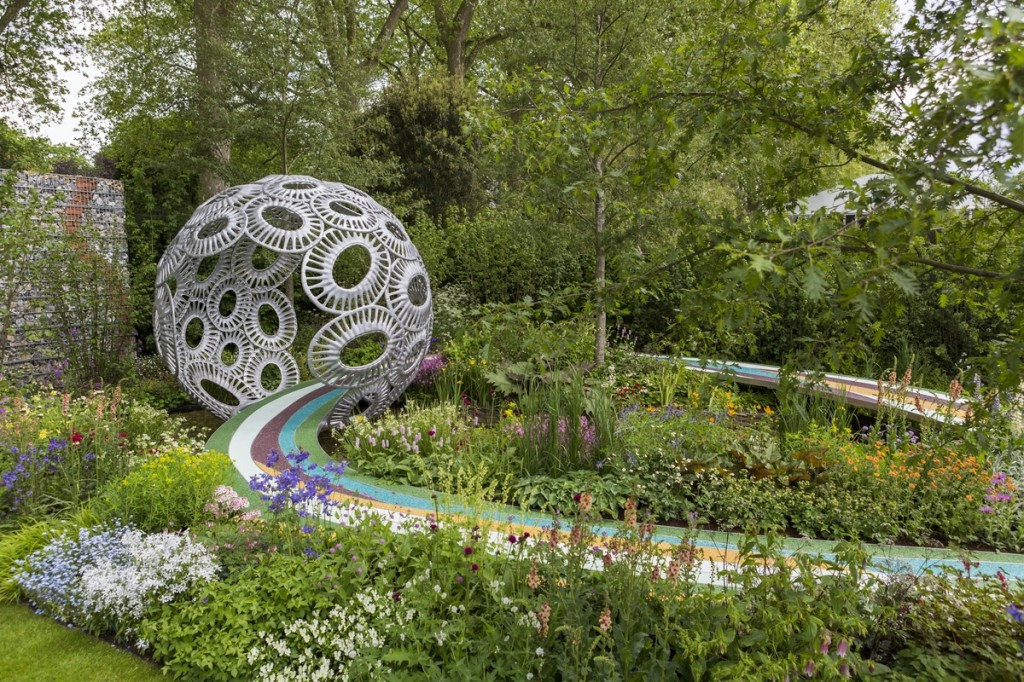 The Brewin Dolphin Garden - Forever Freefolk. Designed by Rosy Hardy for the RHS Chelsea Flower Show 2016