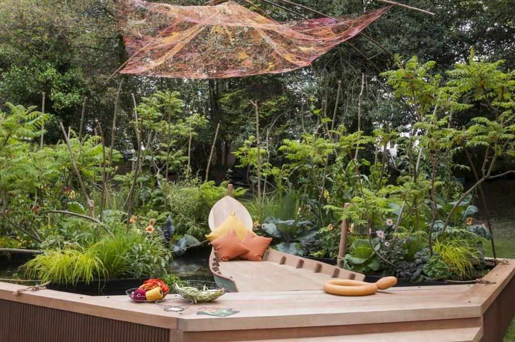 Viking Cruises Mekong Garden. Designed by Sarah Eberle for RHS Chelsea Flower Show 2016