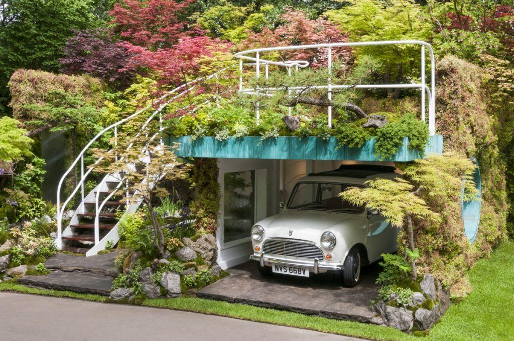 Senri-Sentei – Garage Garden. Designed by Kazuyuki Ishihara for RHS Chelsea Flower Show 2016