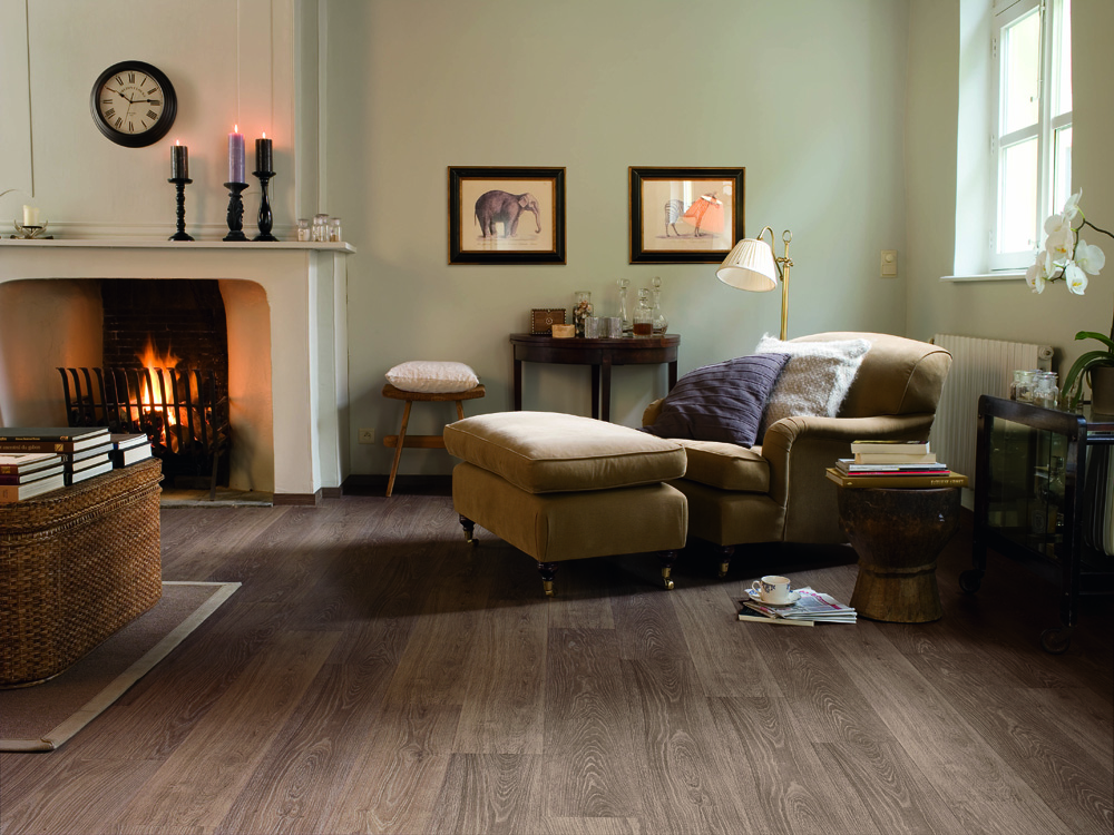 Oiled oak laminate flooring helps add character and charm into a room. It looks and feels warm and cosy.