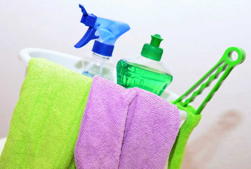 Get your home clean, with these essential speedy cleaning tips