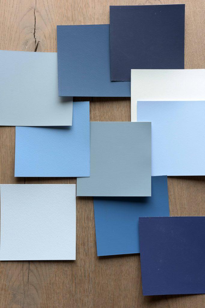 Blue colour palette that complements Dulux's Denim Drift paint colour
