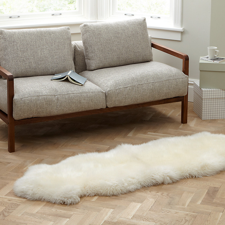 Nothing says Scandi more than a cosy sheepskin rug. Perfect to add warmth and luxury to your floor.