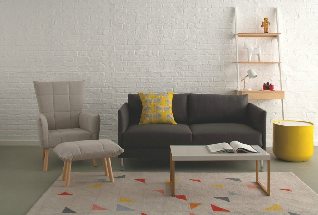 Lovely large wool geometric themed rug - perfect for a contemporary home