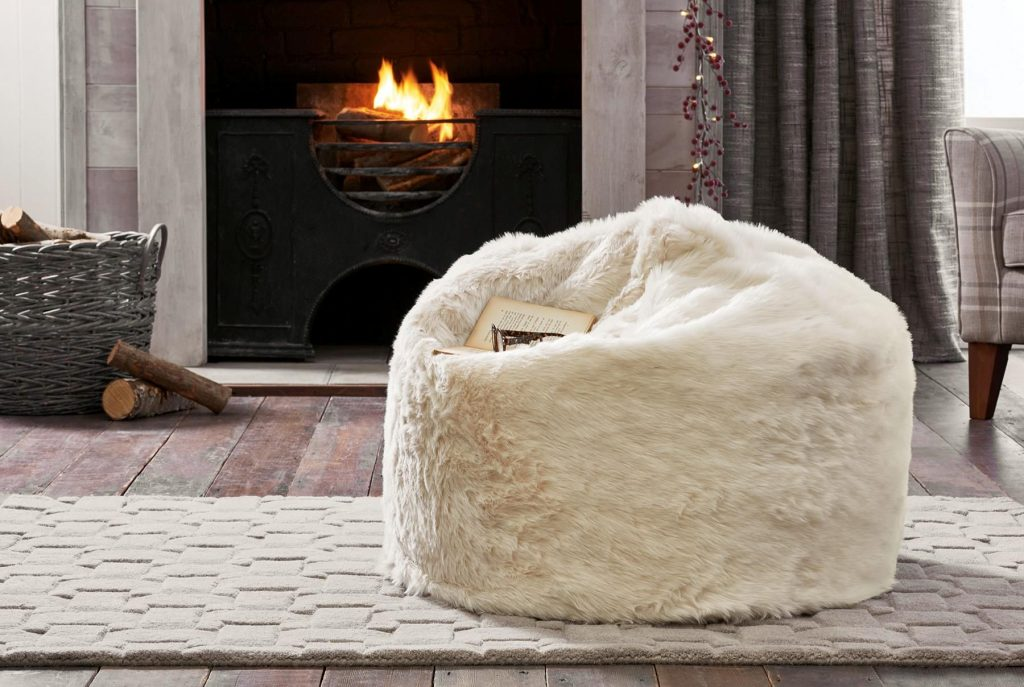 Gorgeous and super cosy cream textured faux fur bean bag