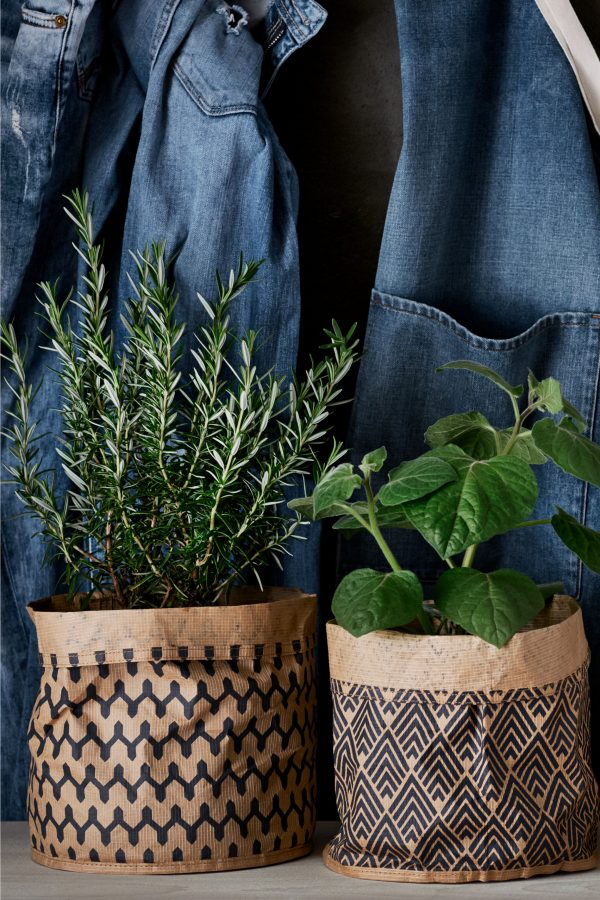 Home trend: Stylish paper storage baskets special offer